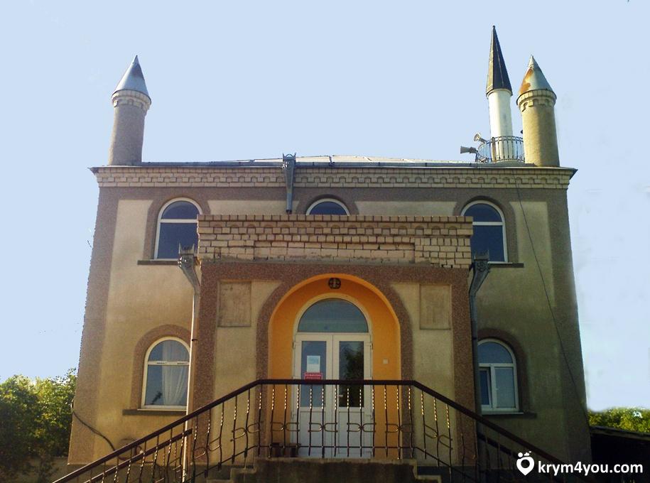 История Зуи Крым