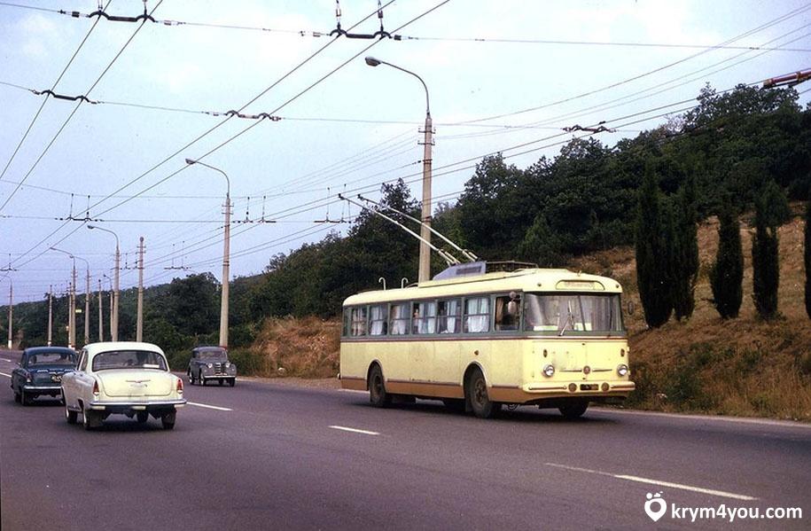 Троллейбус Ялта