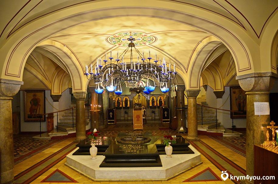 Владимирский собор и Усыпальница Адмиралов