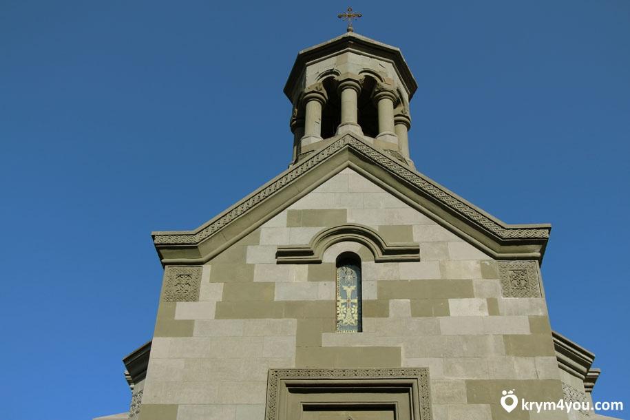 Армянская церковь Святой Рипсиме фото