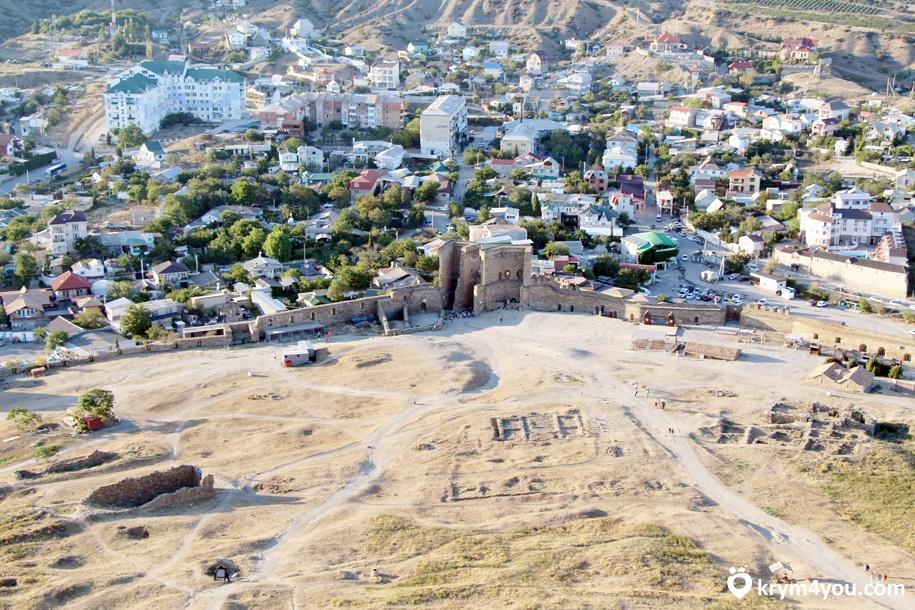 Генуэзская крепость в Судаке 3