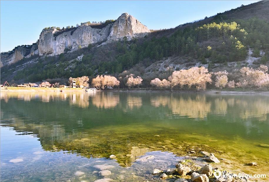 Девичье озеро