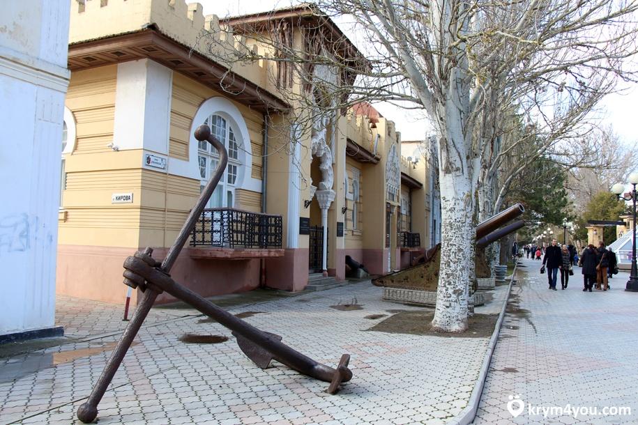 Евпаторийский краеведческий музей фото
