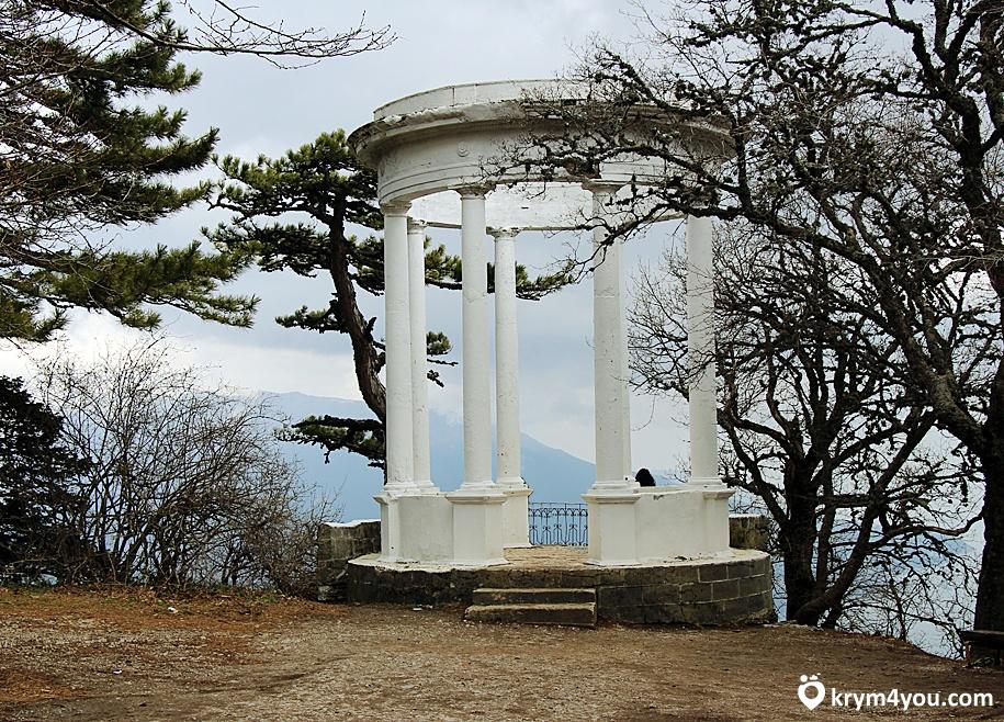 Серебряная беседка Крым фото
