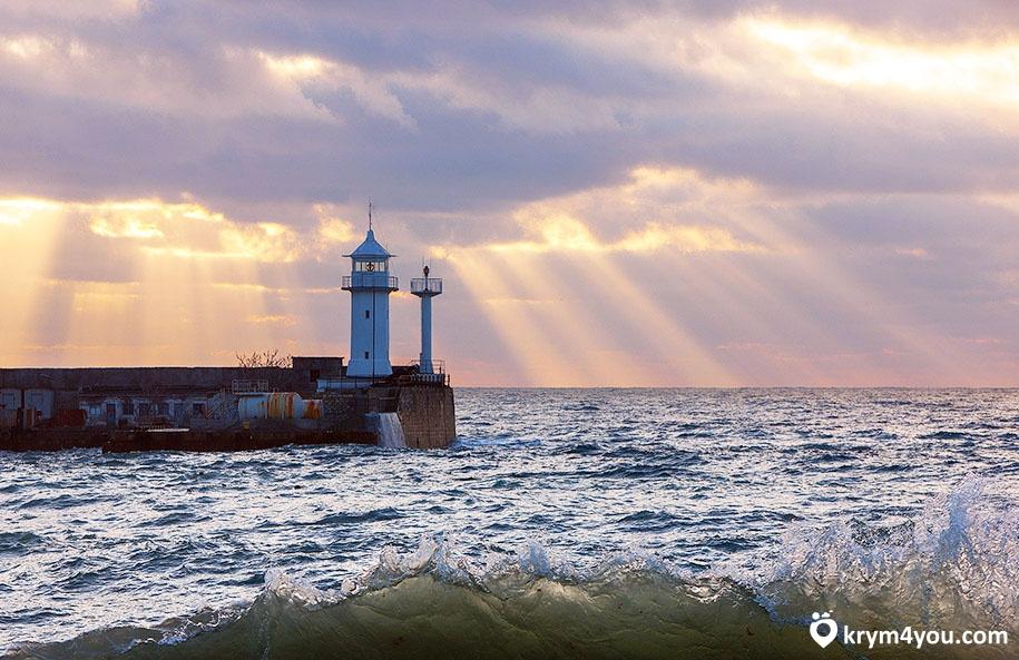 Ялтинский маяк Крым фото 2