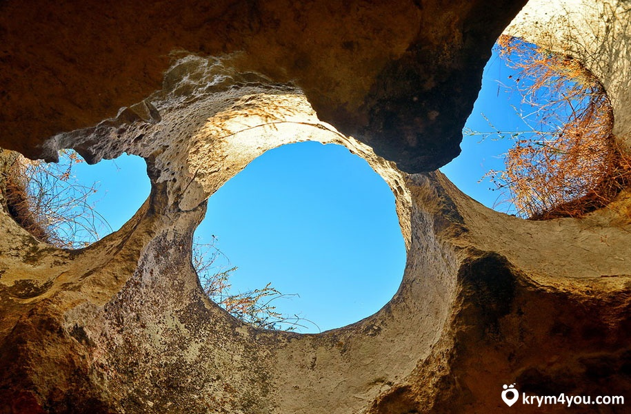 Пещерный город Бакла 4