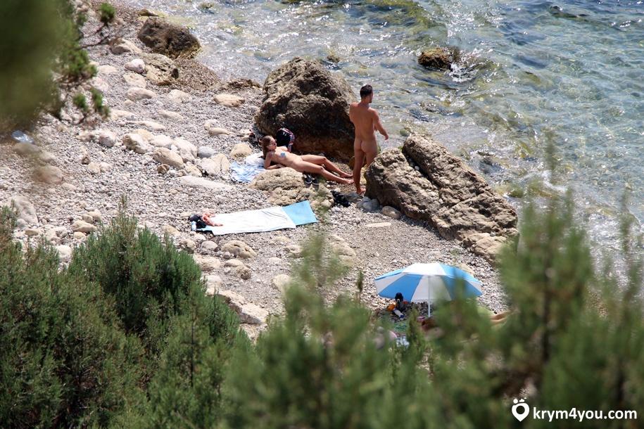 Мыс Айя нудистский пляж