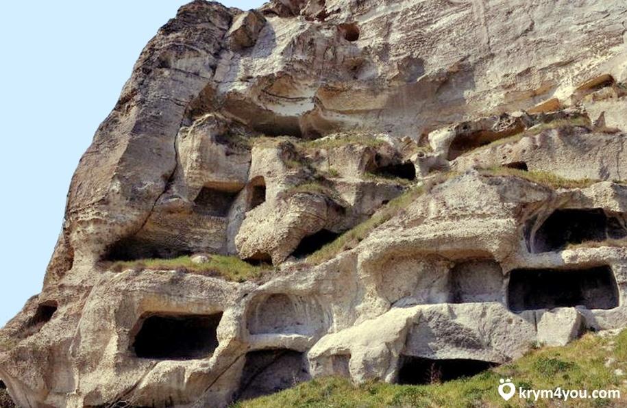 Пещерный монастырь под Судаком