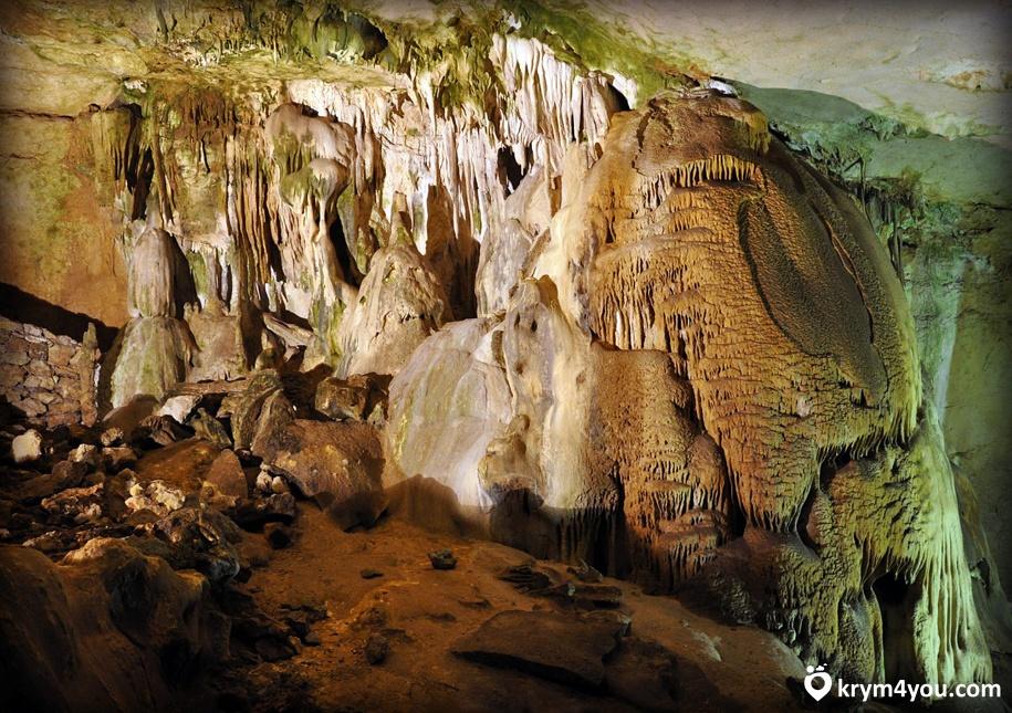 Пещера Эмине-Баир-Коба Крым фото