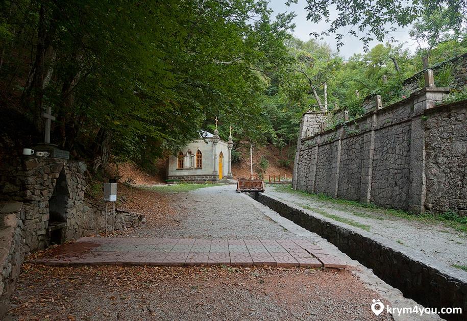 Косьмо-Дамиановский монастырь Крым фото 1