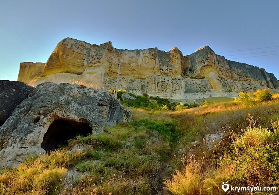 Пещерный монастырь Качи-Кальон Крым