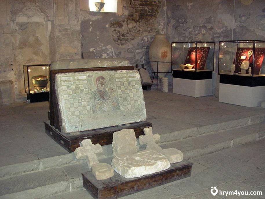 Крым Храм Двенадцати Апостолов