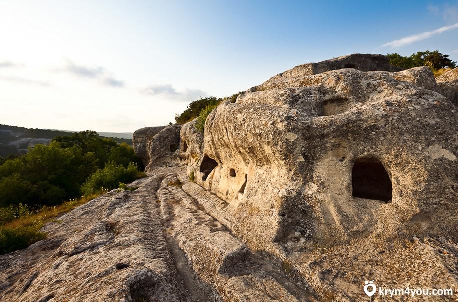 Эски-Кермен пещерный город 5