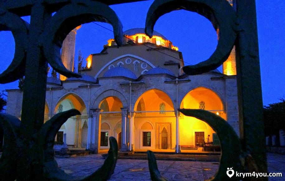 Мечеть Джума-Джами фото