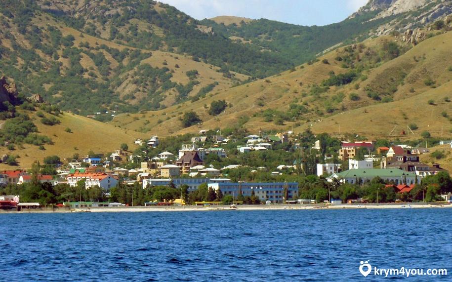 Курортное поселок в Крыму