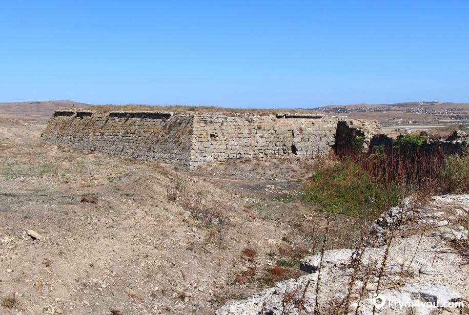 Крепость Ени кале Крым