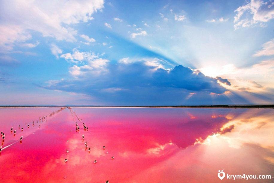 Красное озеро или озеро Асс