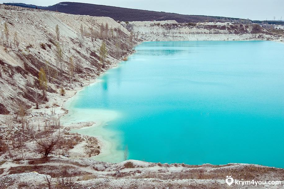 Марсианское озеро или Мраморное озеро Крым
