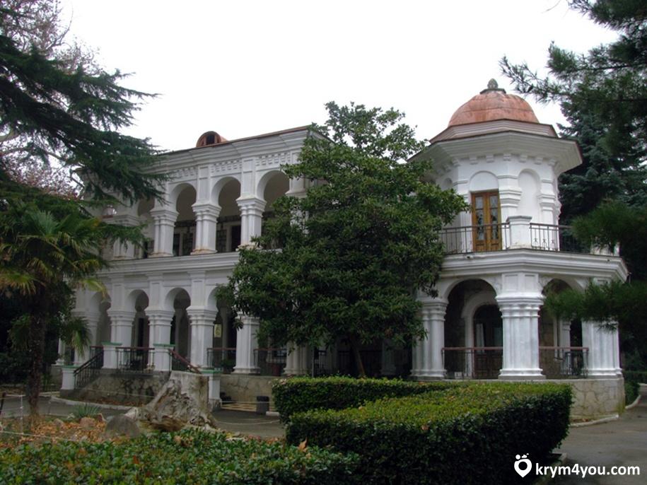Дача купца Стахеева Алушта Крым