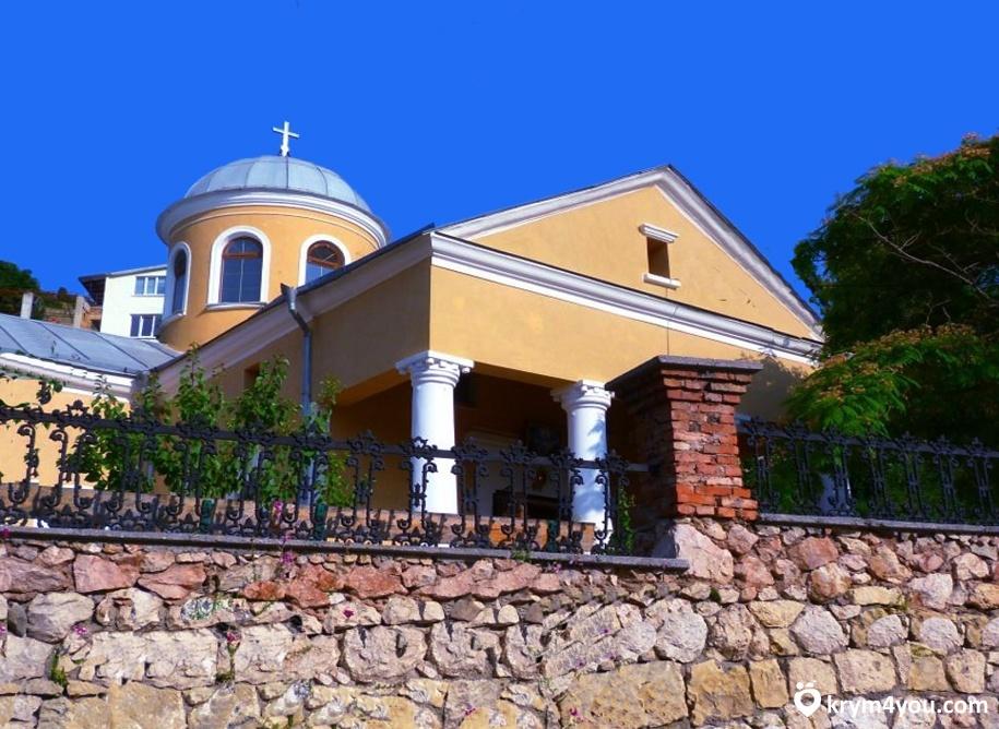 Храм 12 Апостолов Балаклава Крым 1