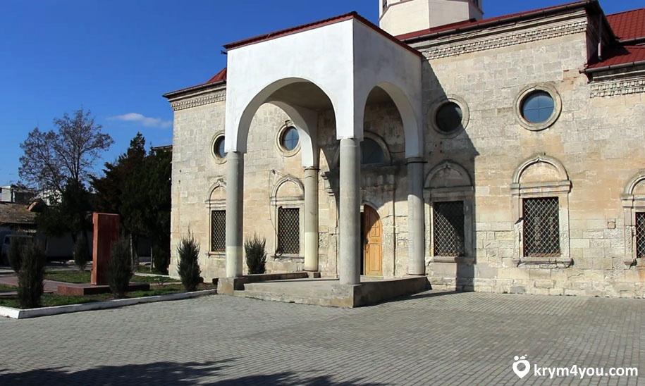 Армянская церковь в Евпатории Крым фото 1