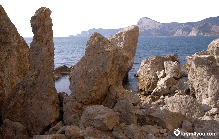 Мыс и гора Алчак Крым